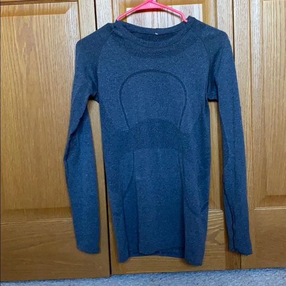 lululemon athletica Tops - Lululemon long sleeve shirt